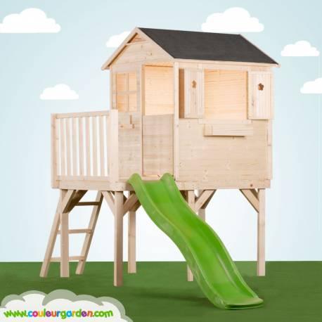 maisonnette en bois sur pilotis