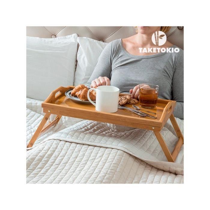 plateau petit déjeuner au lit