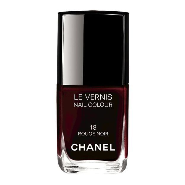 vernis rouge noir chanel